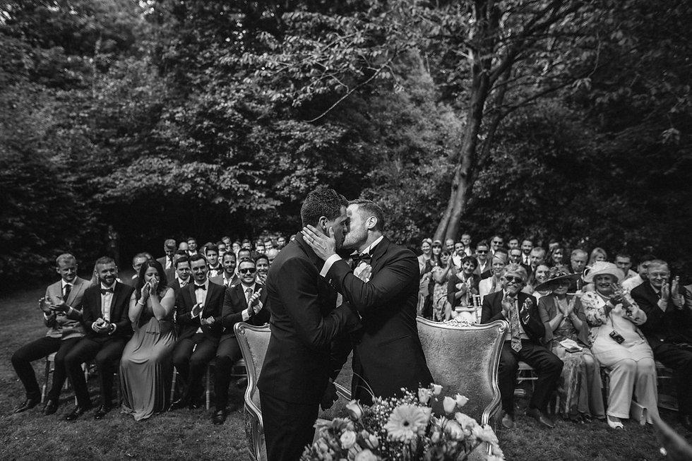 DD Pic 6 Grooms kissing.jpg