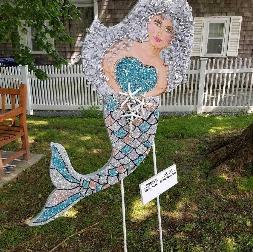 Mermaid in the park!