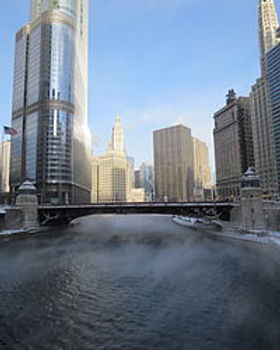 200px-Steam_Rising_from_Chicago_River.jp
