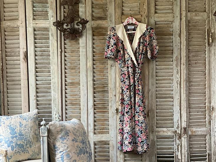 1940's fabulous tea dress