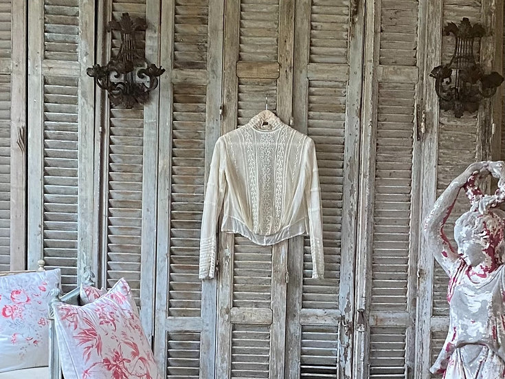 Edwardian lace blouse in perfect condition