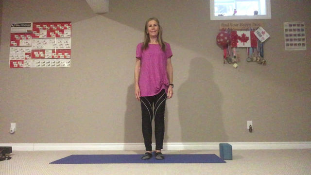 Staying Active with Marilyn:        8 stretches to improve posture