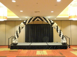 25' Arch on the Stage