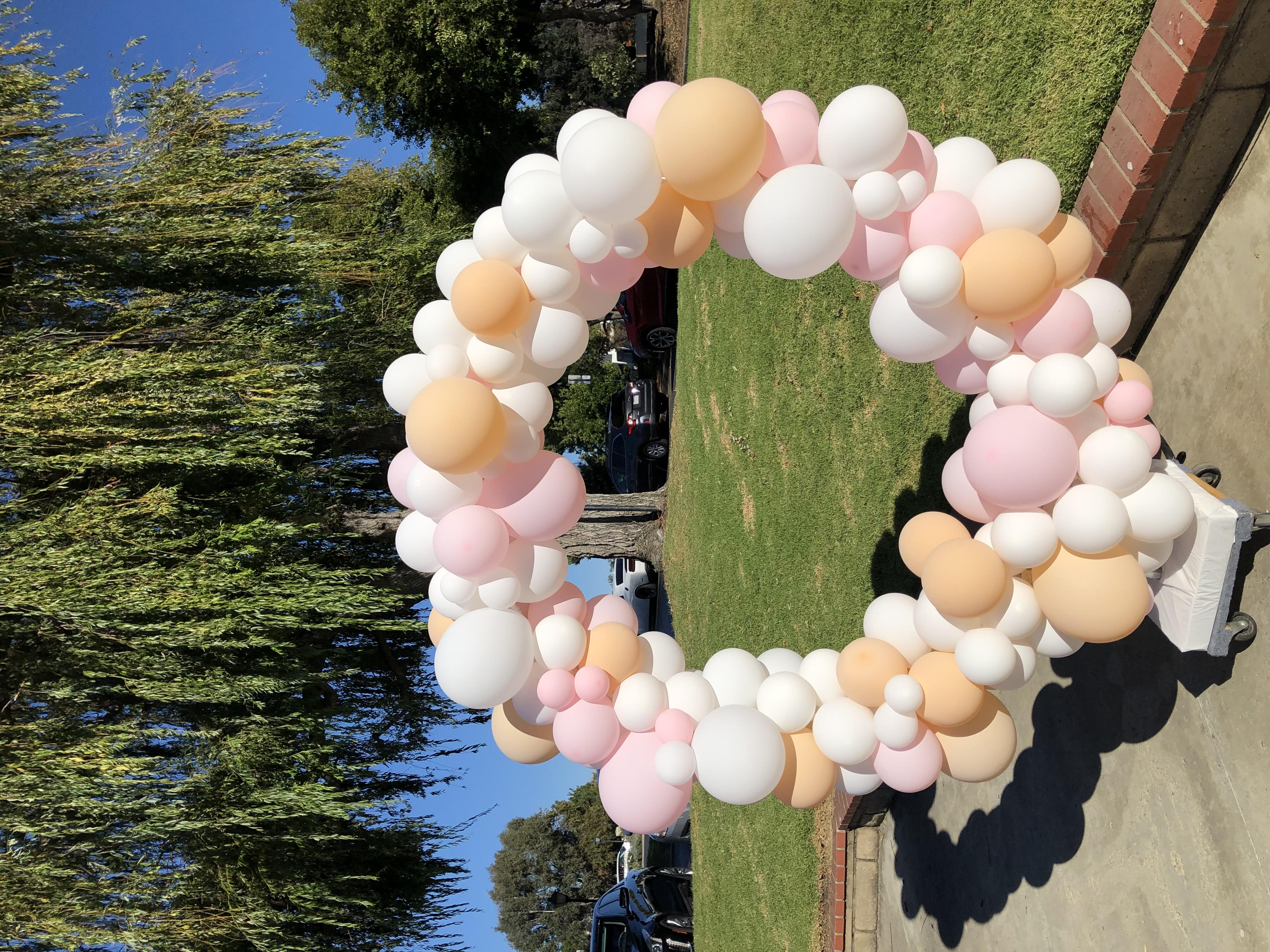 5.5' Balloon Hoop