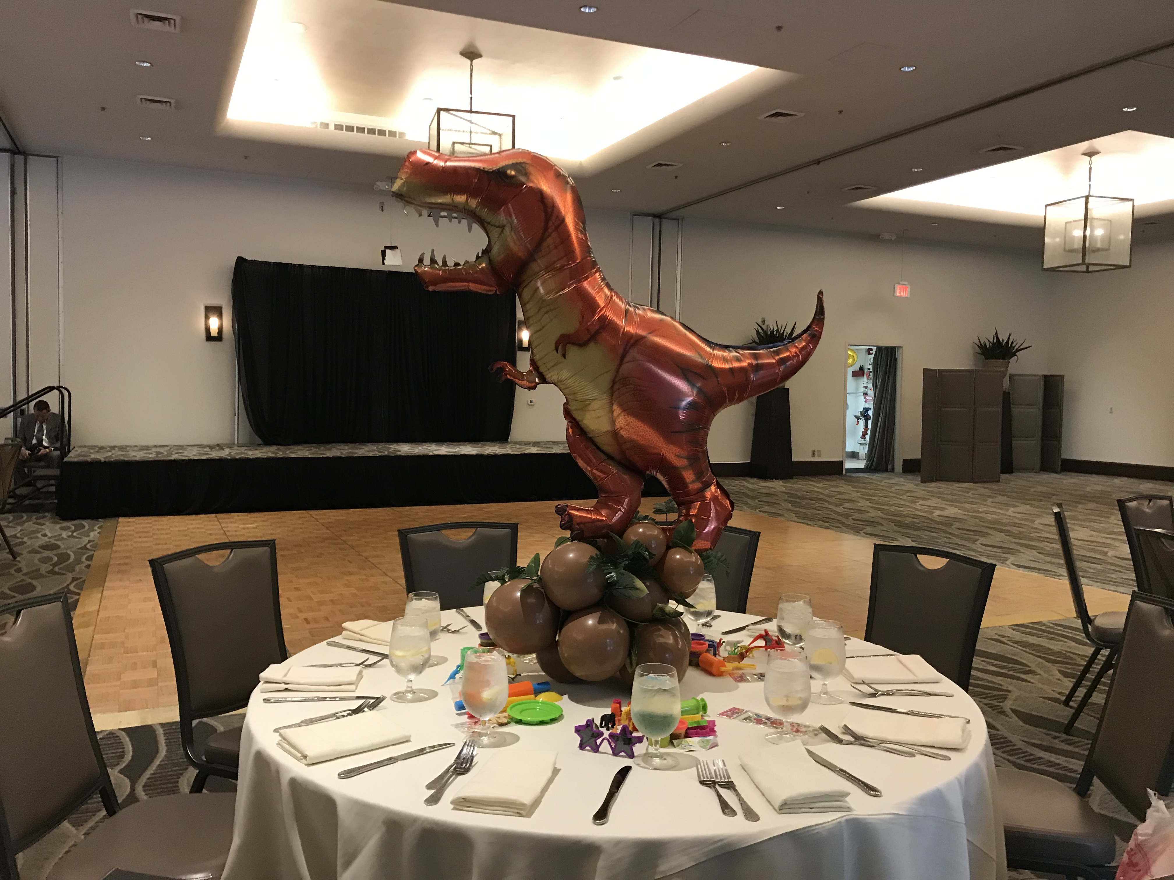 Dinosour Theme Centerpiece