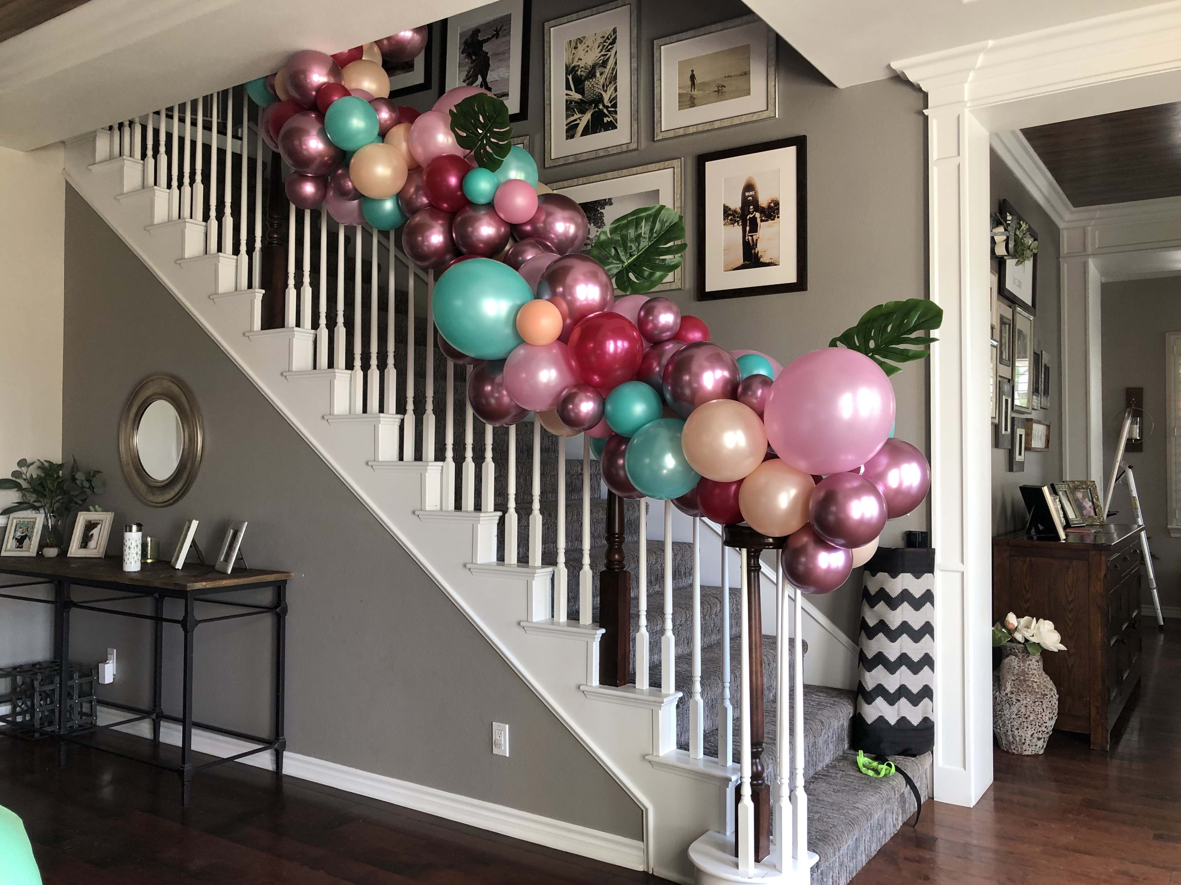 Best Balloon Artist Balloon Twister Columns Arches