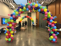 25' Colorful Arch