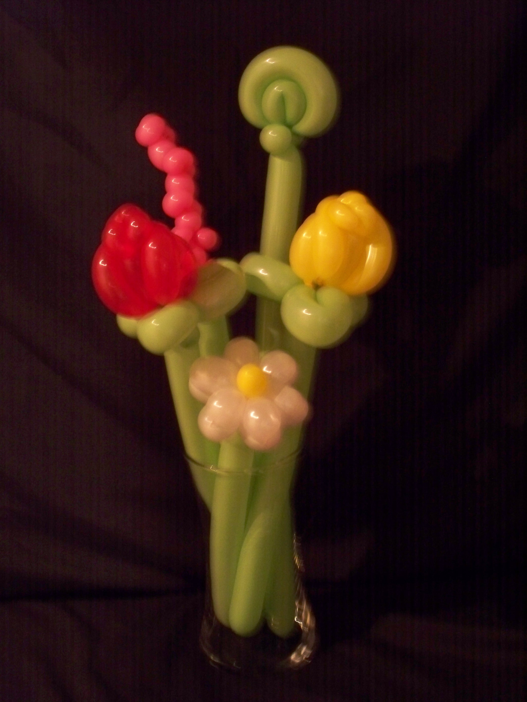 Rose and Daisy Balloon Bouquet