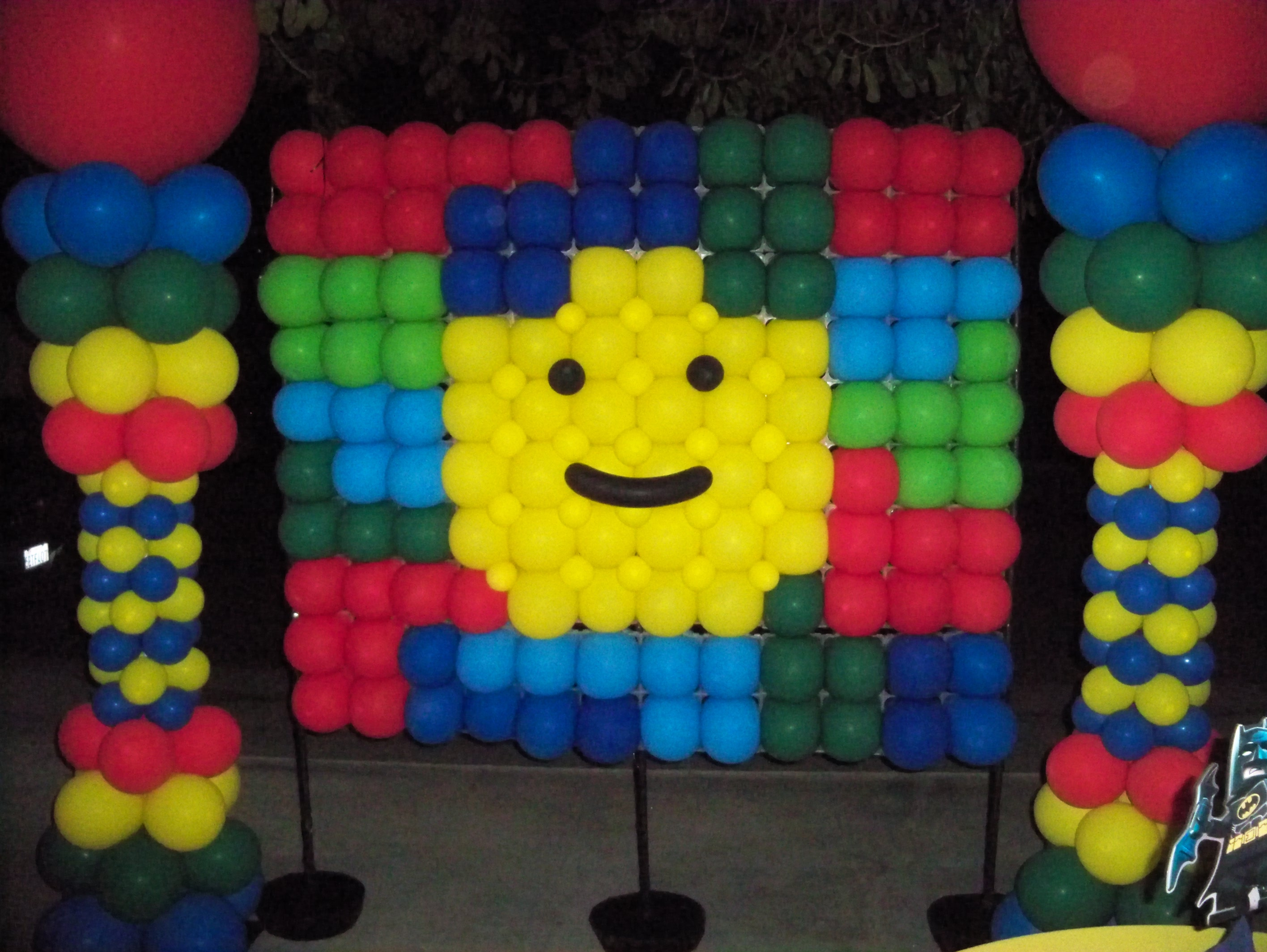 Balloon Lego Wall and Columns