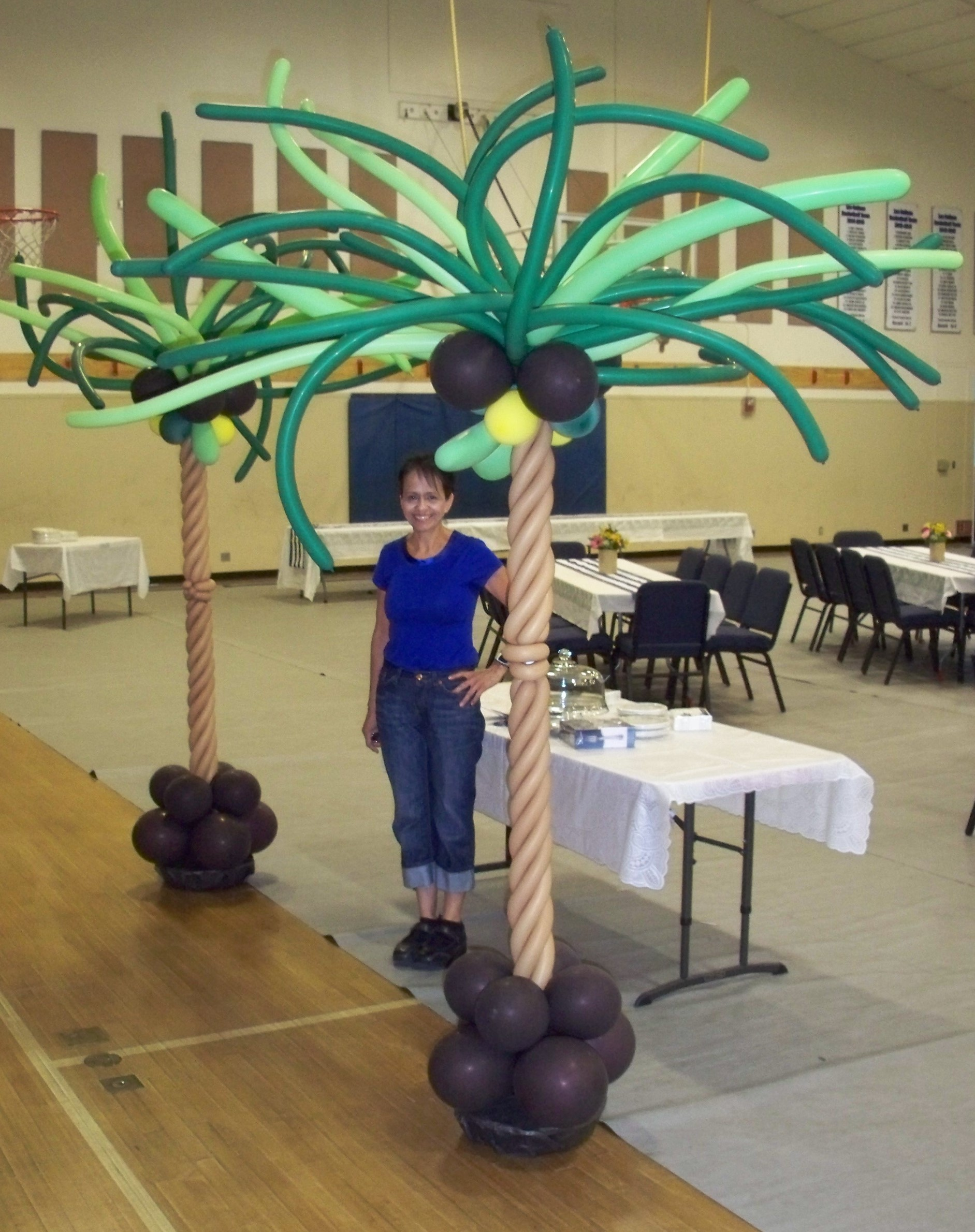 Palm Trees (6' trunk plus & 2' top)