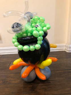 Witches Pot Balloon Sculpture