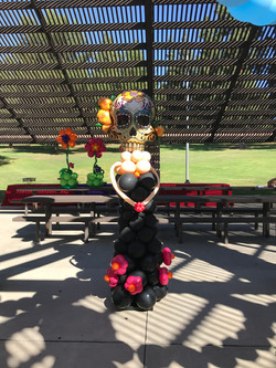 La Catrina Balloon Sculpture