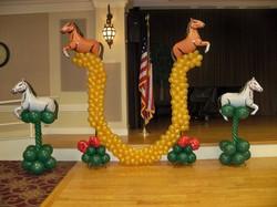 Shoehorse Balloon Decorations