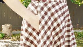 Hack de motif de boucle latérale pour la jupe coquelicot
