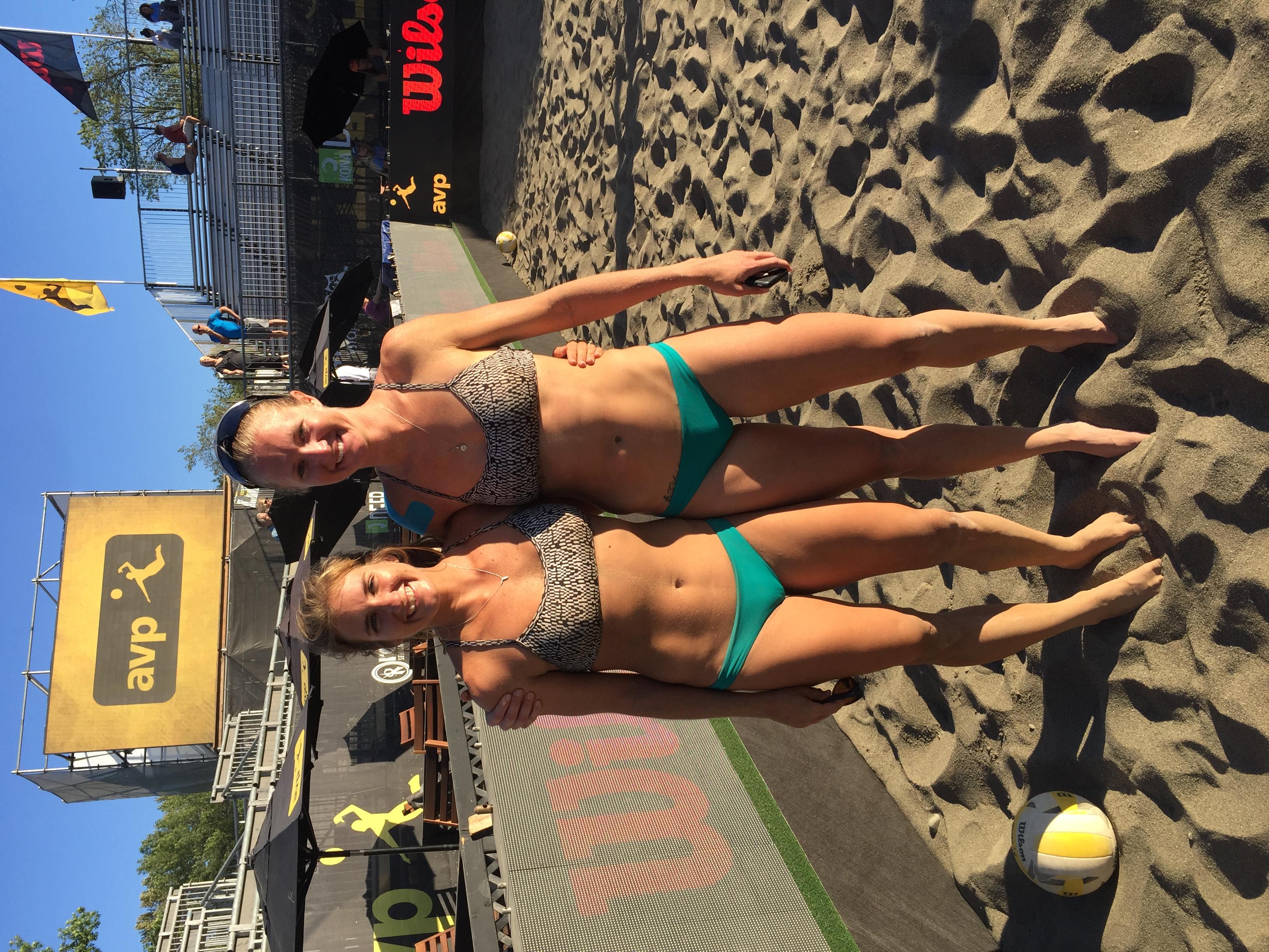 FIVB 1 Star Gold Medal Aurora & Bree