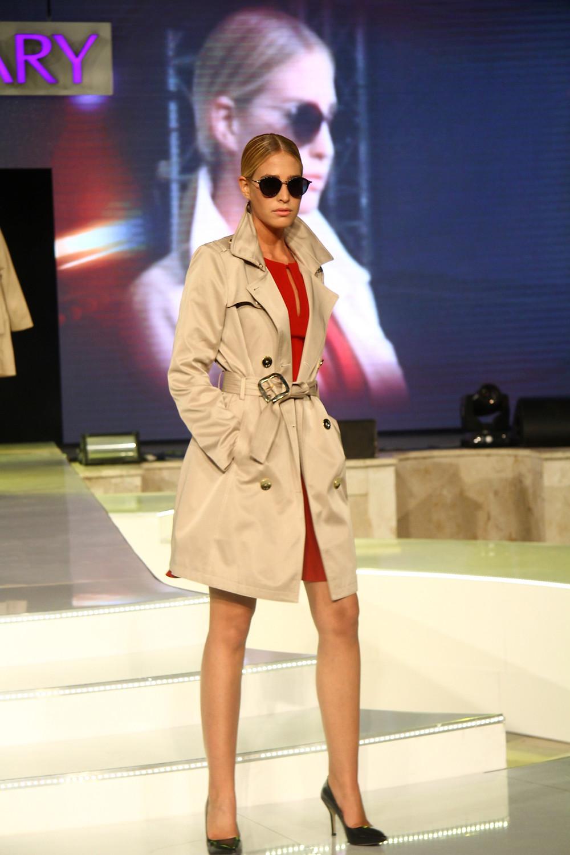 תצוגת האופנה של גולברי לסתיו חורף 14-15 צילום אסף לב (13) (Custom).JPG