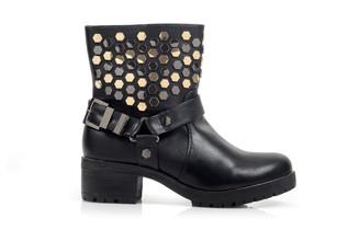 רשת נעלי SCOOP משיקה קולקציית קפסולה לנשים בעיצובה של הסטייליסטית ליאת אשורי