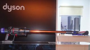 דייסון מתהדרת בשואב אבק אלחוטי Dyson V10