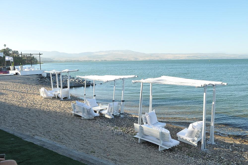 חוף גרין בכנרת צלם רועי אשר.jpg