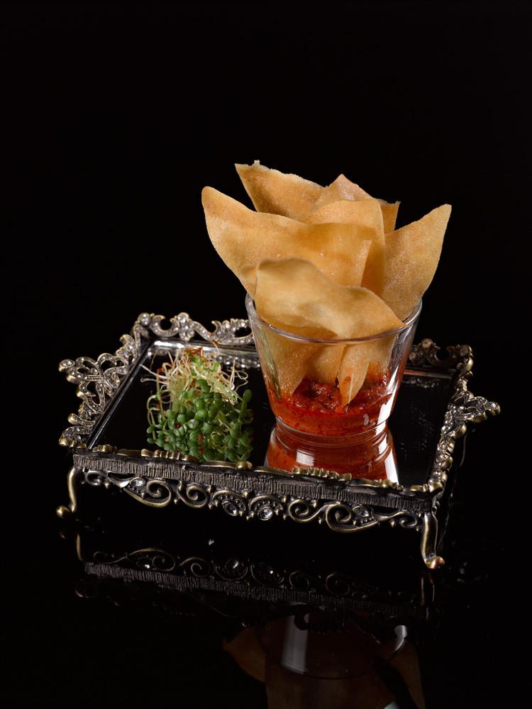 חטיפי עלי סיגר בסלסלת עגבניות מירי זורגר צילום שלומי ברנטל.jpg