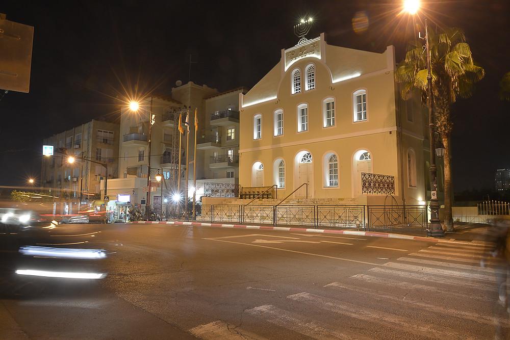 בית הכנסת הגדול לילה.JPG