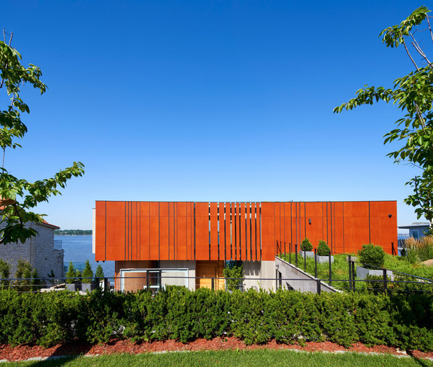 RESIDENCE ON THE HILL IS ANNOUNCED AS WINNER OF THE AIA LONG ISLAND ARCHI AWARDS.