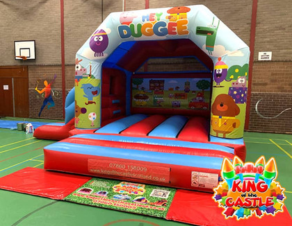 Hey Duggee Bouncy Castle with Slide