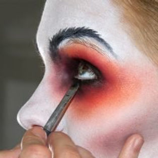 make-up-e1548976780166.jpg
