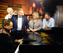 Around the Piano with Bill