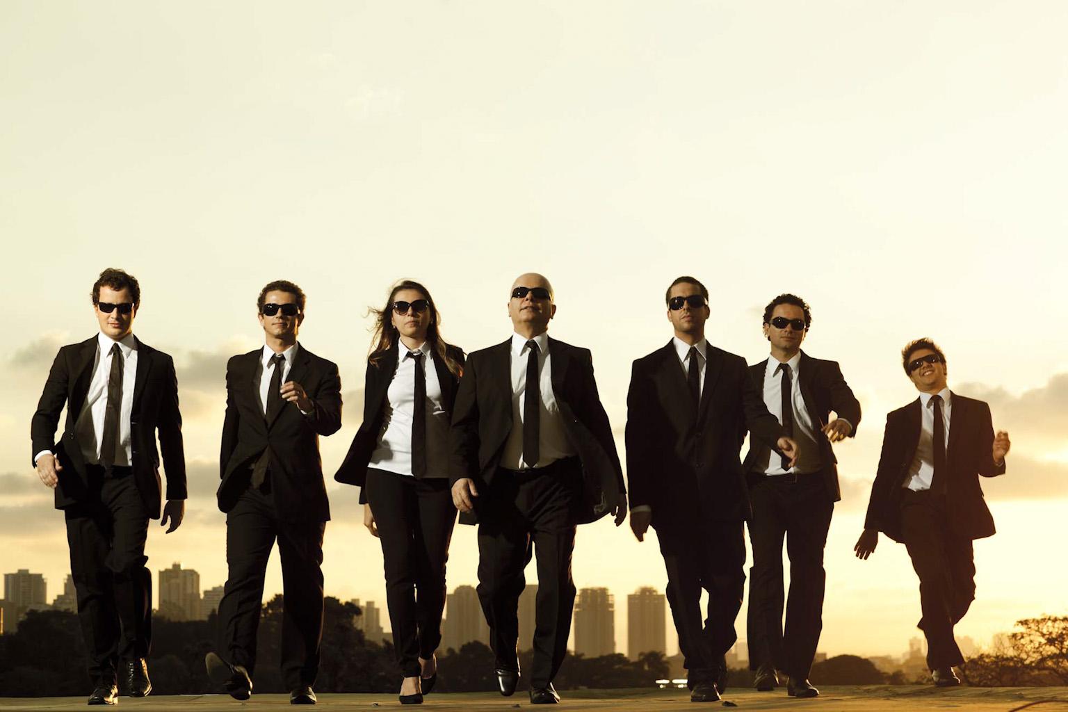 2012 - CQC - Band