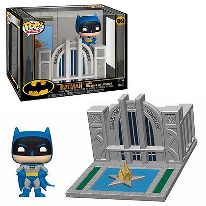 Batman 80th POP! Town Vinyl Figura Batman & Hall of Justice 9 cm