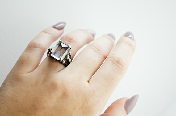Gazer Crystal Ring