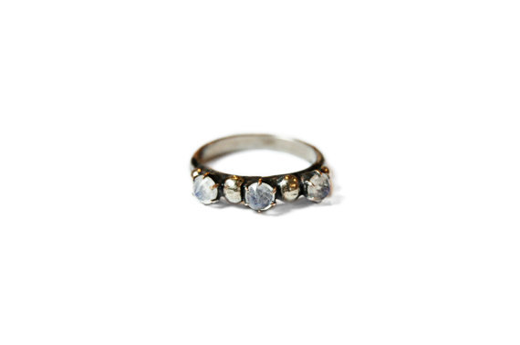 Moon River Ring (Single)