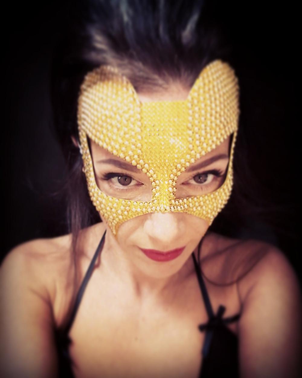 maschera fetish oro