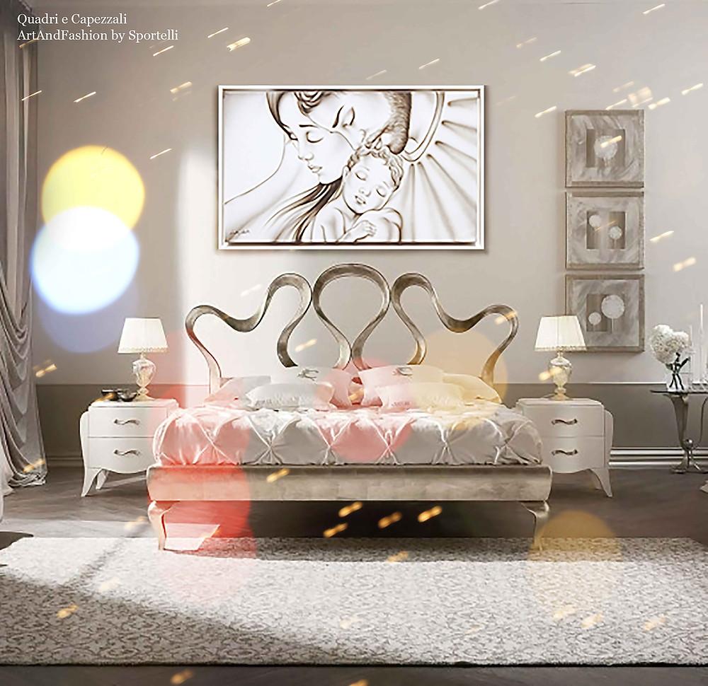 esempio arredamento camera da letto classica con dettagli argento e capezzale sacra famiglia ArtAndFashion by Sportelli