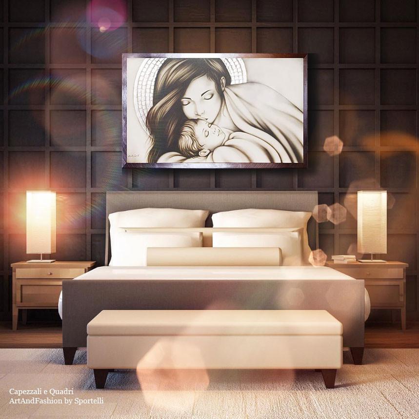 camera da letto con arredamento legno caldo con capezzale Madonna in madreperla ArtAndFashion by Sportelli