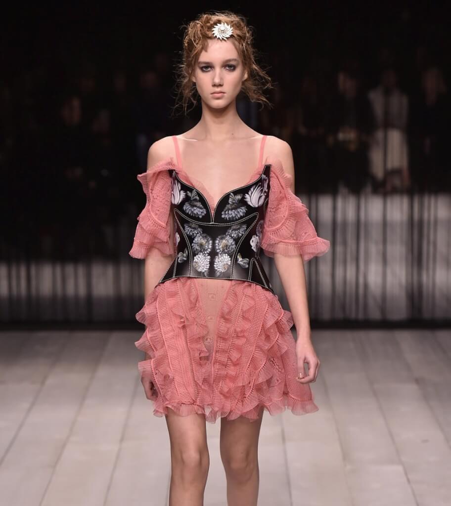 abito rosa Alexander McQueen