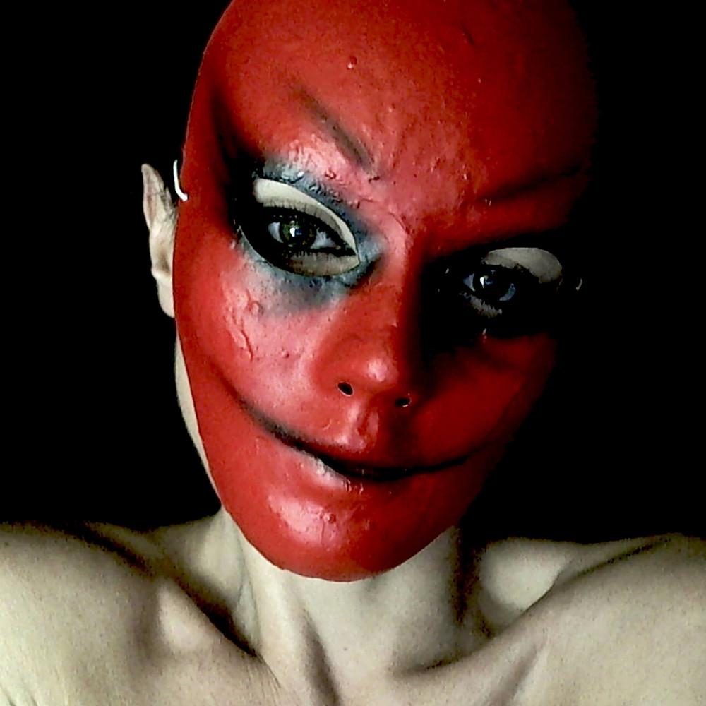 maschera Horror rossa, maschere di carnevale ArtAndFashion, Halloween