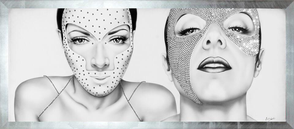 dipinto moderno con volti di donne in maschera e decorato con brillantini diamante