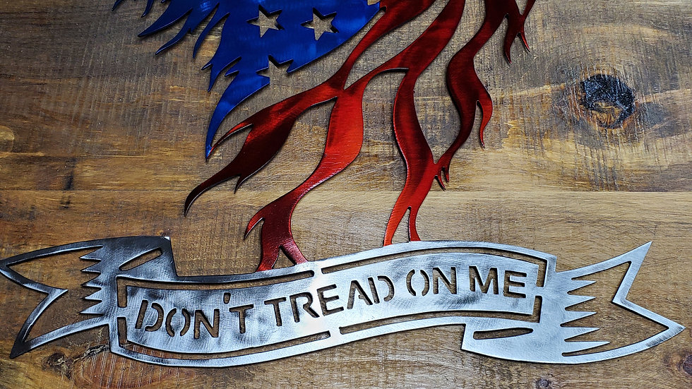 24 inch Don't Tread On Me Eagle