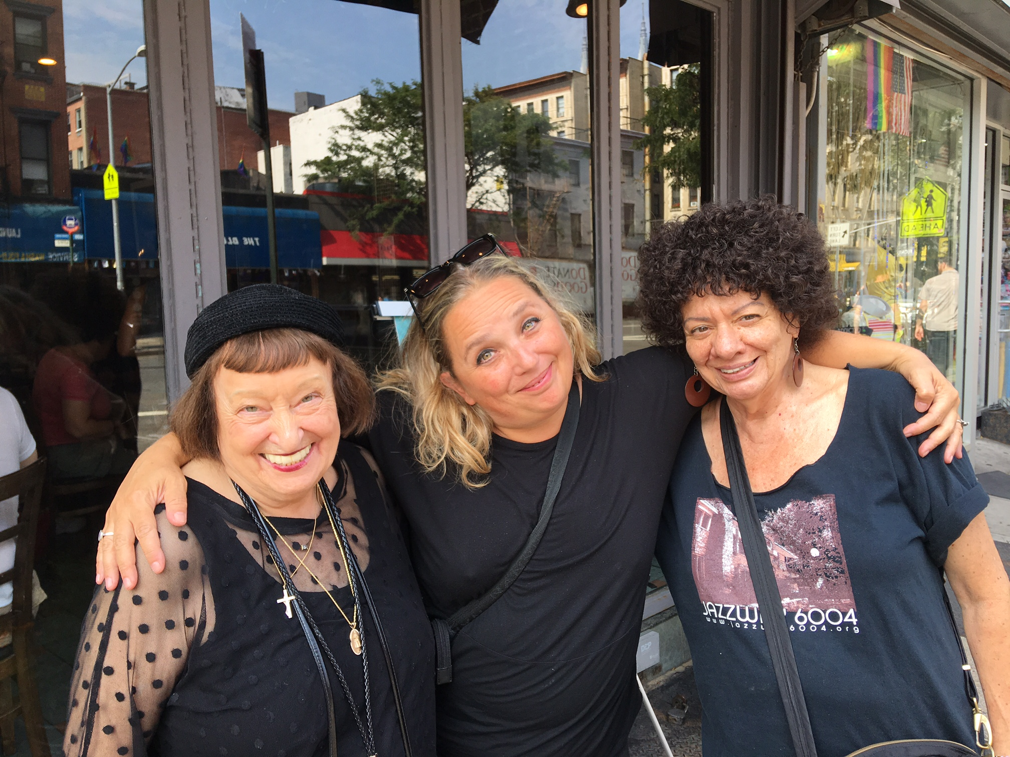 Sheila, Monica e Jill