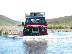 defender 90 river crossing