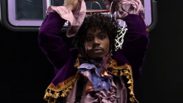 Dave Chappelle posing as Prince