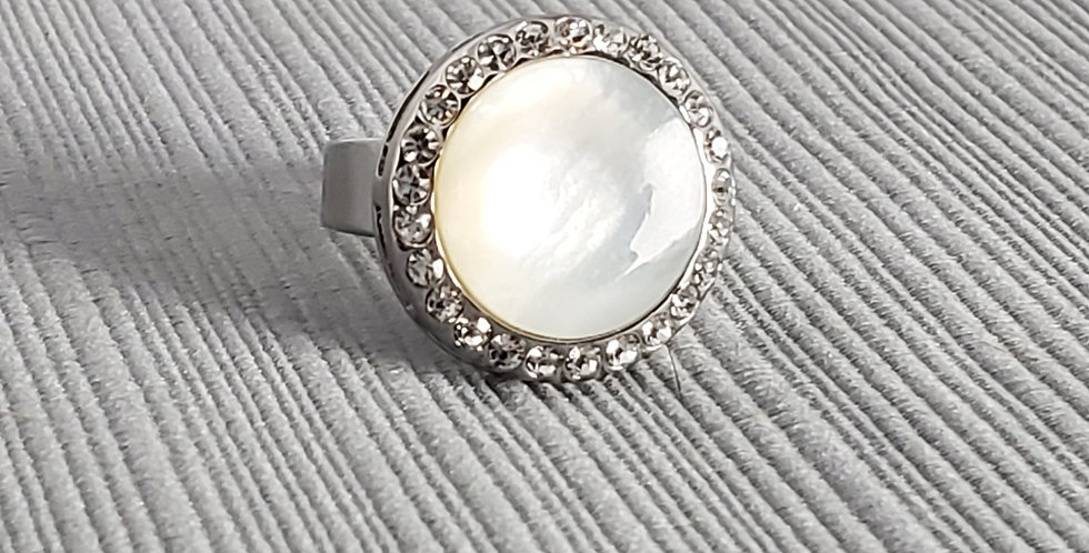 Mother of Pearl Rhinestone Ring - Adjustable Base