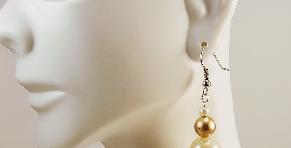 White and Gold Glass Rounds Earrings