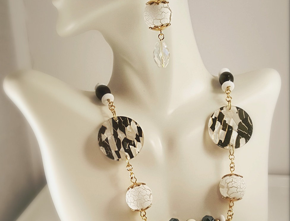 White, Black and Gold with Crackle Beads