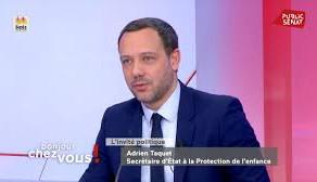Adrien Taquet, primes et revalorisations