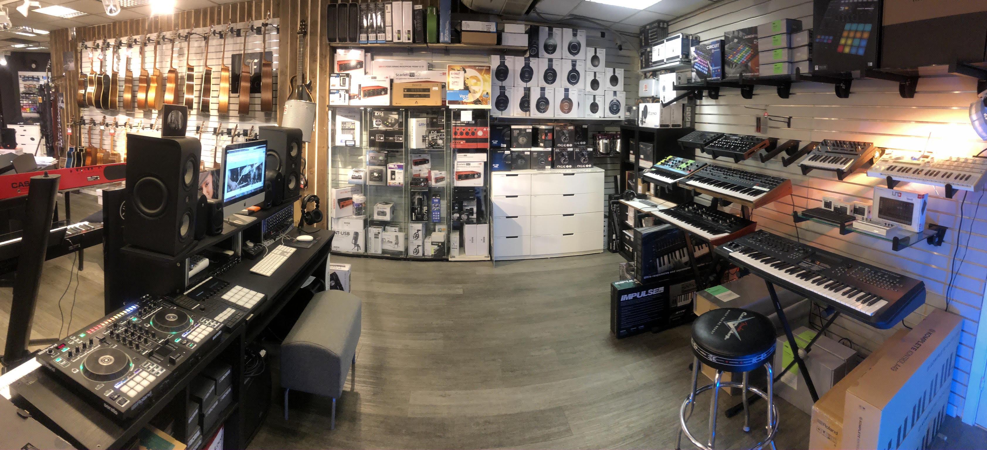 studio panorama 1.jpg