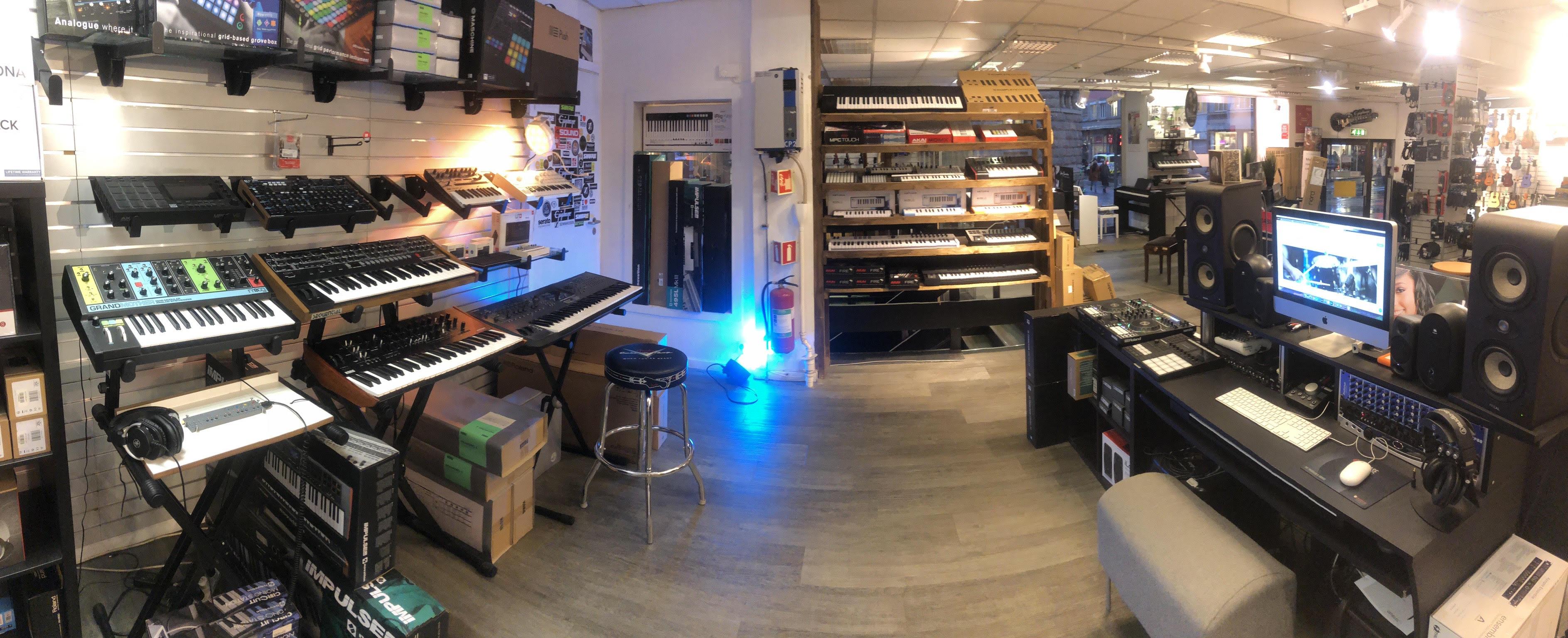 studio panorama 2.jpg