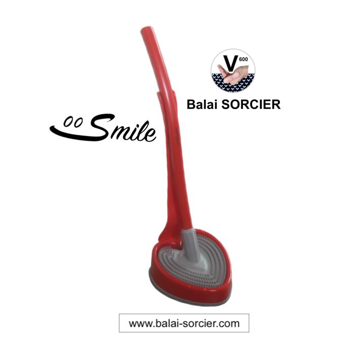 Brosse WC Concours Lépine Foire de Paris Smile Balai SORCIER depuis 2004. Souvent copié, jamais égal
